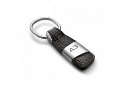 Audi přívěsek na klíče (kůže/kov) znak A3
