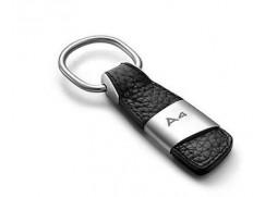 Audi přívěsek na klíče (kůže/kov) znak A4