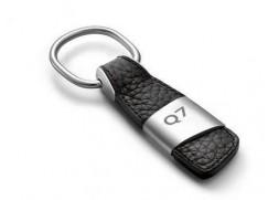 Audi přívěsek na klíče (kůže/kov) znak Q7